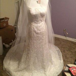 2015 wedding dress - never worn